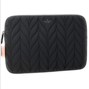 Ellie Universal Quilted Laptop Case Sleeve Black